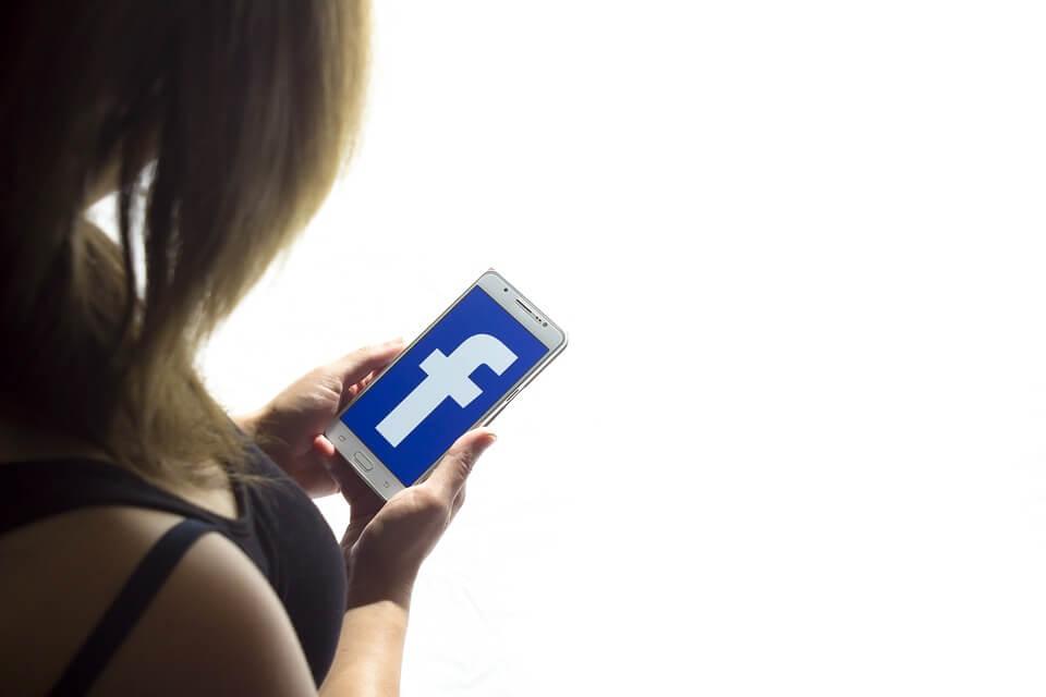 社交媒體影片