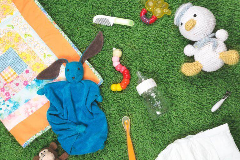 baby toys bottles products 什麼是商業攝影? 商業攝影是用於銷售或推廣產品或服務,或以其他方式支持企業或組織賺更多錢的攝影, 可以指產品攝影、生活方式攝影甚至時尚攝影,具體取決於客戶和產品或正在出售的服務。 作為攝影師工作的最佳部分之一就是根據自己的技能、興趣和個性,可以嘗試許多不同的領域。 例如:熱愛自然的內向者可能更喜歡風景和自然攝影,而熱愛人群的外向者可能更喜歡婚紗攝影或活動攝影。 可以選擇追求的一種流行且通常報酬豐厚的攝影類型是商業攝影。